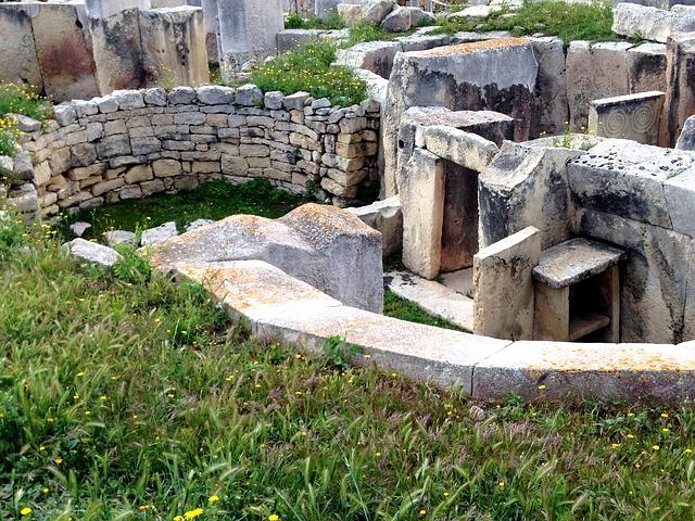 tarxien-temple-2676157_640.jpg