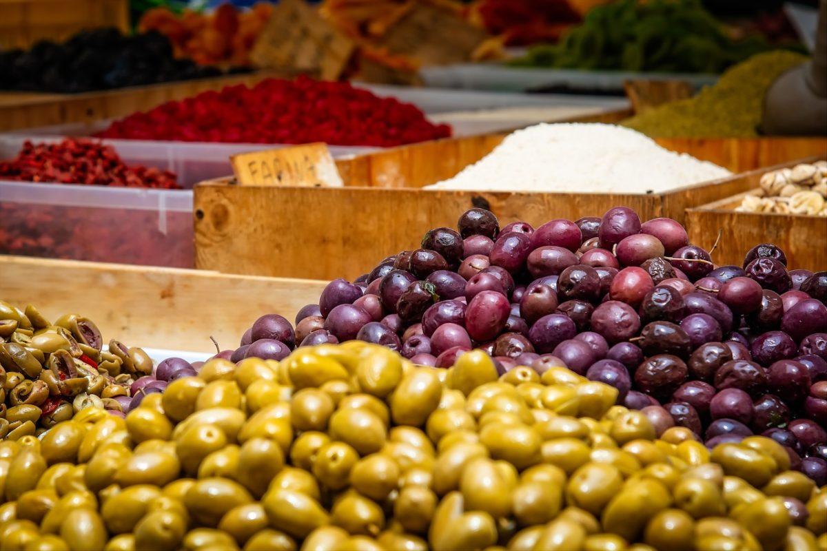 olives-3466908_1280.jpg