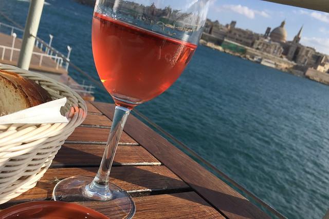 マルタでワイン!