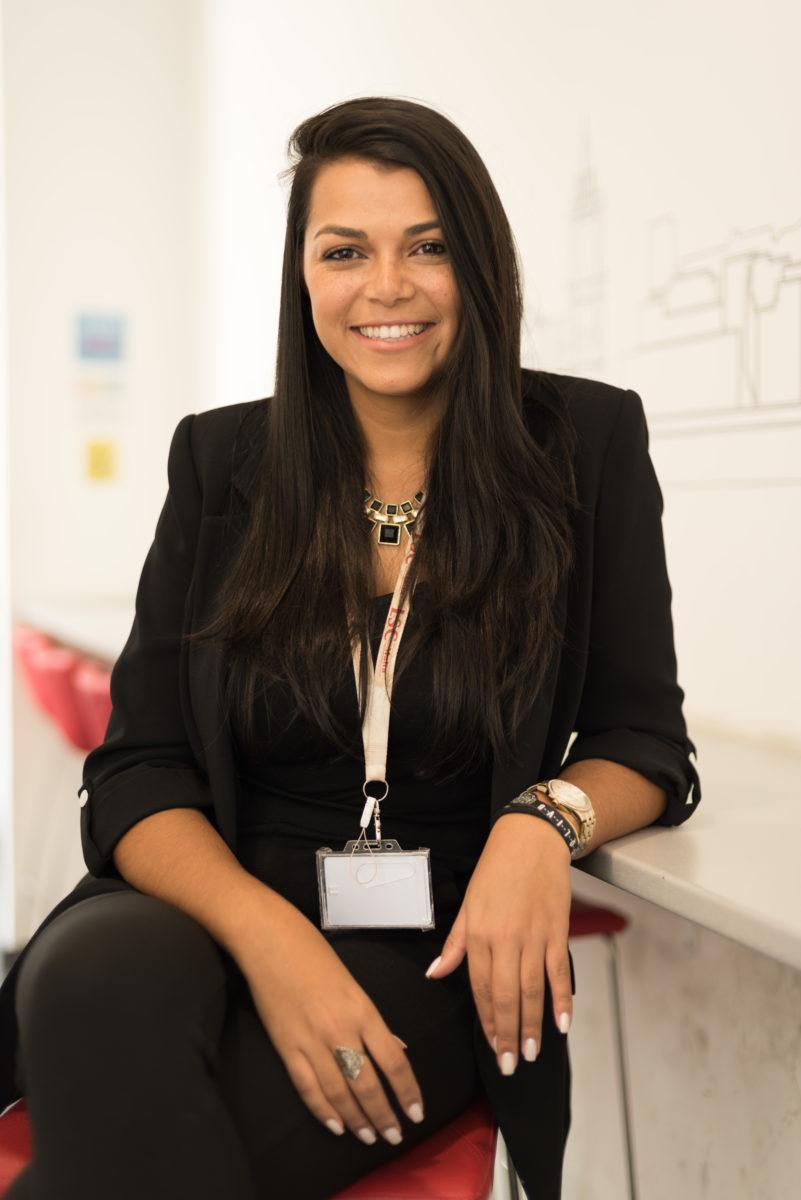 Ms. Mariana Queiroz (Malu) / International Marketing Officer